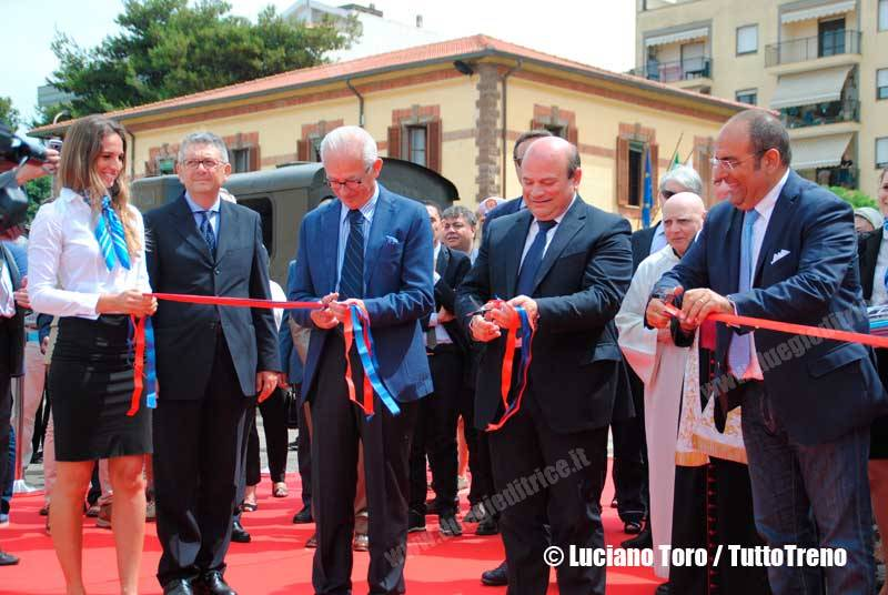 ARST-Stadlernuovotreno-Sassari-2016-06-29-ToroLuciano-DSC_1354_tuttoTRENO_wwwduegieditriceit