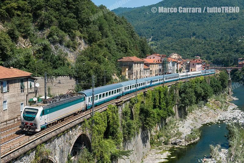 E403_002-IC35211-Isola-del-Cantone(GE)-2016-06-25-CarraraMarco_tuttoTRENO_wwwduegieditriceit