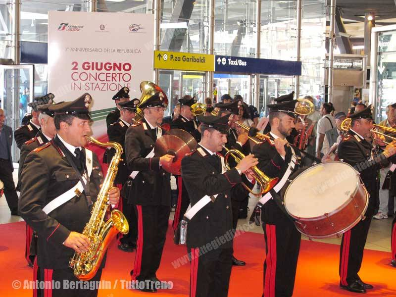 RFI-FanfaraStazioni2Giugno-NapoliCle-2016-06-02-BertagninA-039-tuttoTRENO_wwwduegieditriceit