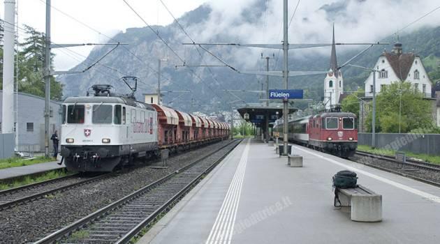 Primo treno merci commerciale sotto il Gottardo