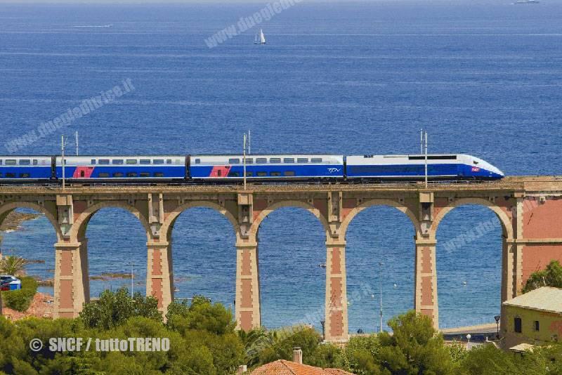 SNCF-TGV_Double-fotoSNCF_tuttoTRENO_wwwduegieditriceit