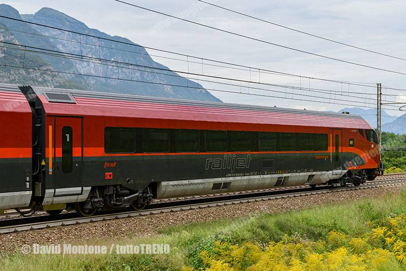 OBB-7381_80907524-Railjet-trenoINV16009BrenneroMilanoBovisaFnm-lineaTrentoVerona-Acquaviva-2016-08-30-MontoneDavid-DSC_8718_tuttoTRENO_wwwduegieditriceit