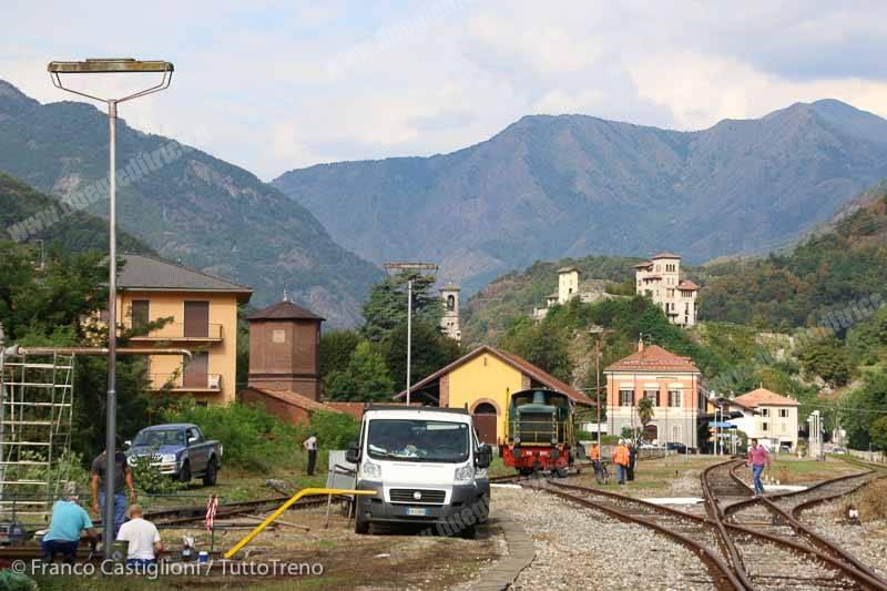 D345_1142-245_2242-Varallo-2016-08-31-CastiglioniFranco-DSCN6037.jpg_tuttoTRENO_wwwduegieditriceit