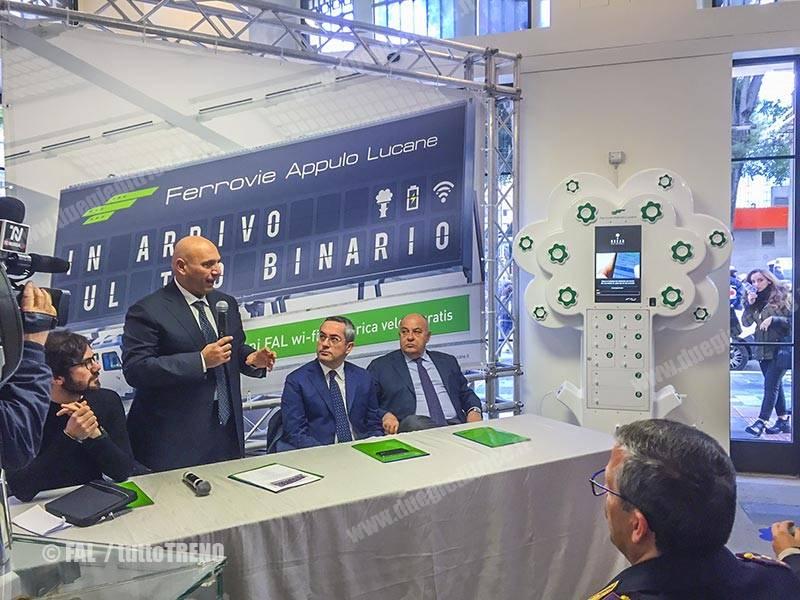 FAL-presentazioneWI-FAL-Bari-2016-11-30-fotoFAL_tuttoTRENO_wwwduegieditriceit