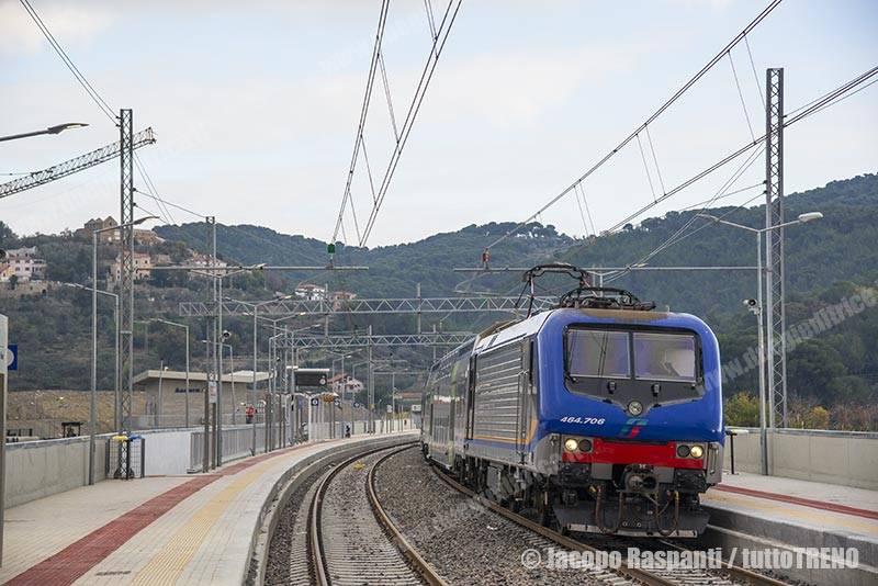 E464_706-NCLS98004AndoraImperia-Andora(new)-2016-12-11-JacopoRaspanti_RXJ6744_tuttoTRENO_wwwduegieditriceit