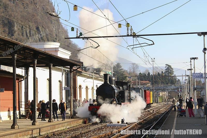 FNM-240_05-StrennaLaveno-Laveno-2016-12-10-CastiglioniRoberta-DSCN7840_tuttoTRENO_wwwduegieditriceit