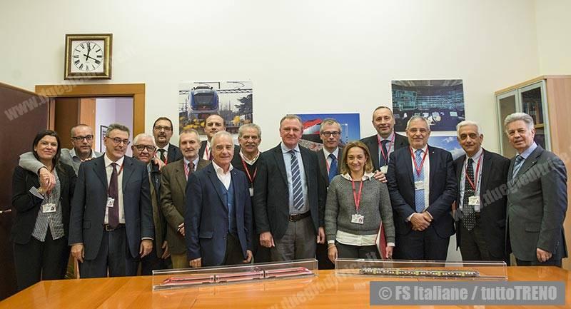 FSItaliane-FirmaContratto-Roma-2016-12-16-fotoFSItaliane_tuttoTRENO_wwwduegieditriceit