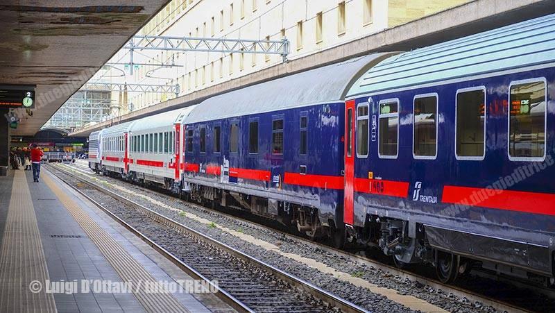 E402_143-IC-servizioUniversale-NuovaLivrea-RomaTermini-2017-01-19-DOttaviLuigi-52_tuttoTRENO_wwwduegieditriceit