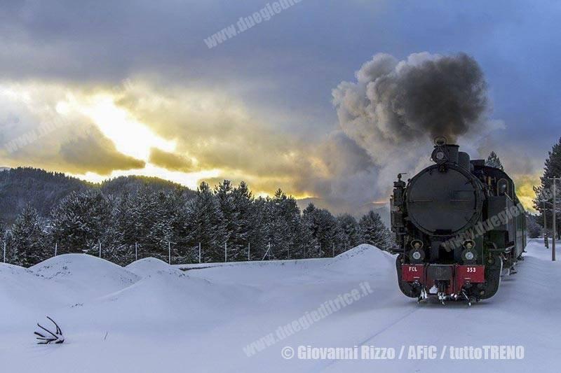 FC-353-TrenoDellaSila-fotoRizzoGiovanni-AFiC_tuttoTRENO_wwwduegieditriceit-002
