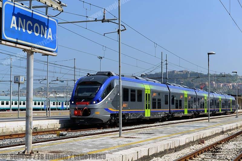 ETR425_002-primoJazzConsegnato-Ancona-fotoSenese-FSItaliane_tuttoTRENO_wwwduegieditriceit