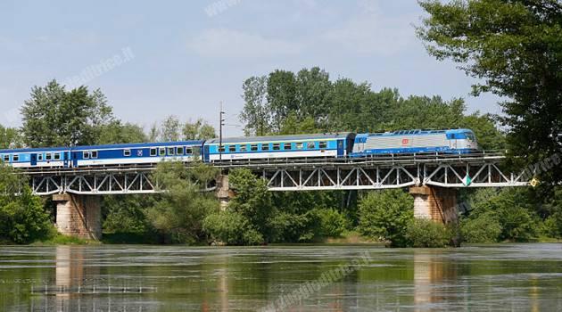 CD, dieci Vectron in servizio da dicembre sulla Praga-Amburgo, altre tre per la Cargo