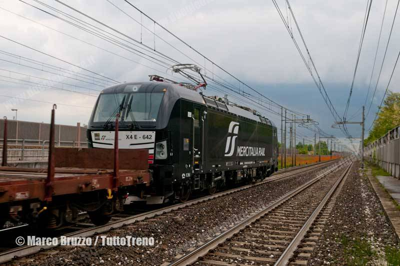 MIR-E193_642-Vectron-52317VeronaPN_Scalo-VeneziaMargheraScalo-Fermata_Busa_di_Vigonza-Vigonza-2017-05-04-BruzzoMarco-DSC_8924_tuttoTRENO_wwwduegieditriceit