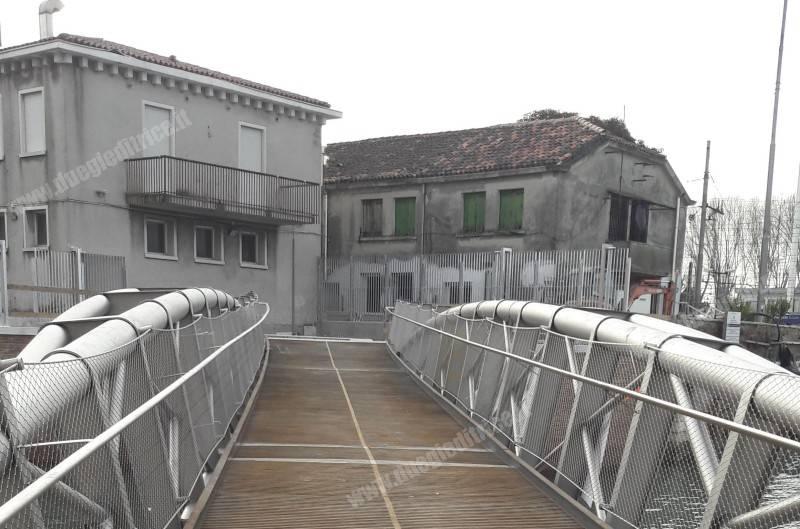 RFI: nuovo passaggio dalla stazione di Venezia S.L. verso l'università