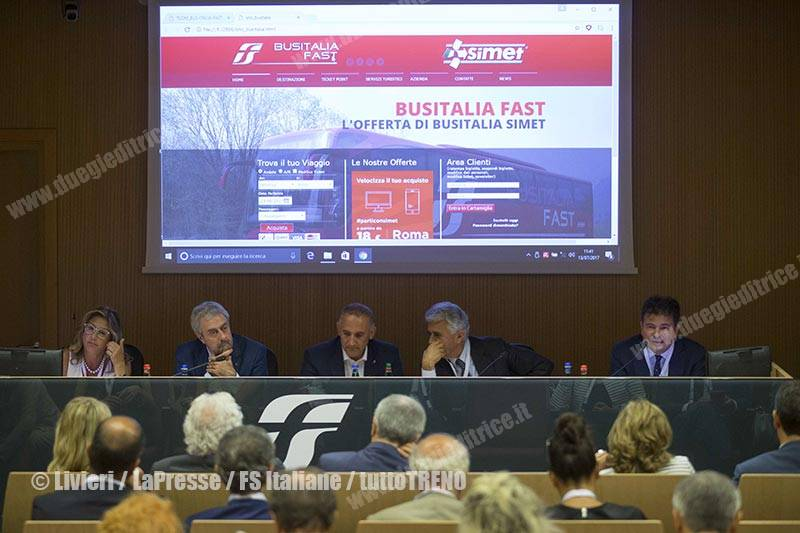 Busitalia-presentazioneServiziFAST-Roma-2017-07-13-fotoLivieri-LaPresse-FSItaliane-_EP2799_10_tuttoTRENO_wwwduegieditriceit