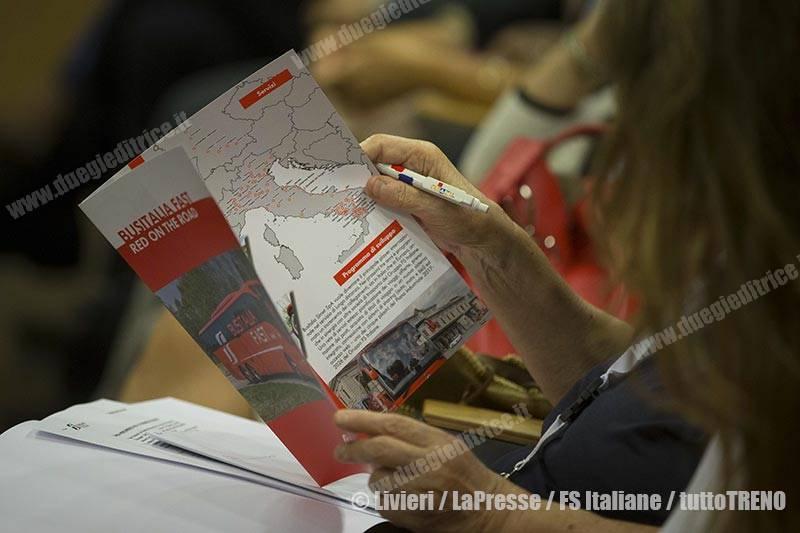 Busitalia-presentazioneServiziFAST-Roma-2017-07-13-fotoLivieri-LaPresse-FSItaliane-_EP2799_2_tuttoTRENO_wwwduegieditriceit