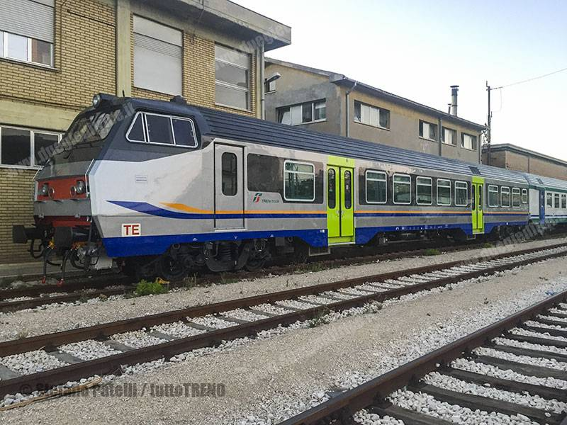 SemipilotaMDVC-LivreaRegionale-Ancona-2017-07-03-PatelliStefano_tuttoTRENO_wwwduegieditriceit