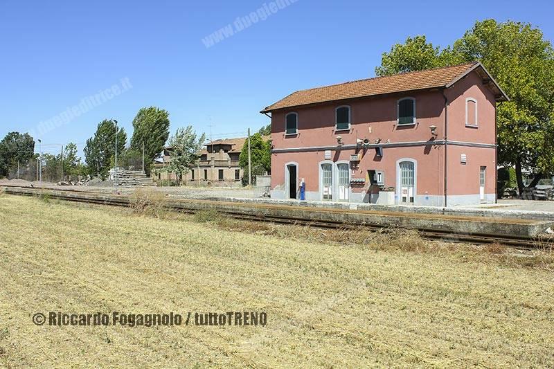 FER-Stazione-Bosco-2011-08-27-FogagnoloRiccardo_tuttoTRENO_wwwduegieditriceit