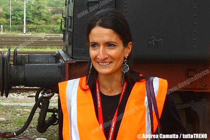 MariaAnnunziataGiaconia-DirettriceTrenitaliaVeneto-Verona-2013-10-09-CamattaA-JJEP7943