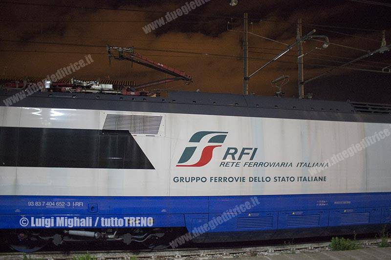 RFI-ETR500Y_01-CorseProvaAIACE200kmh-StazioneLecce-LineaBrindisiLecce-2017-11-23-MighaliLuigi(3)-inWEB_tuttoTRENO_wwwduegieditriceit
