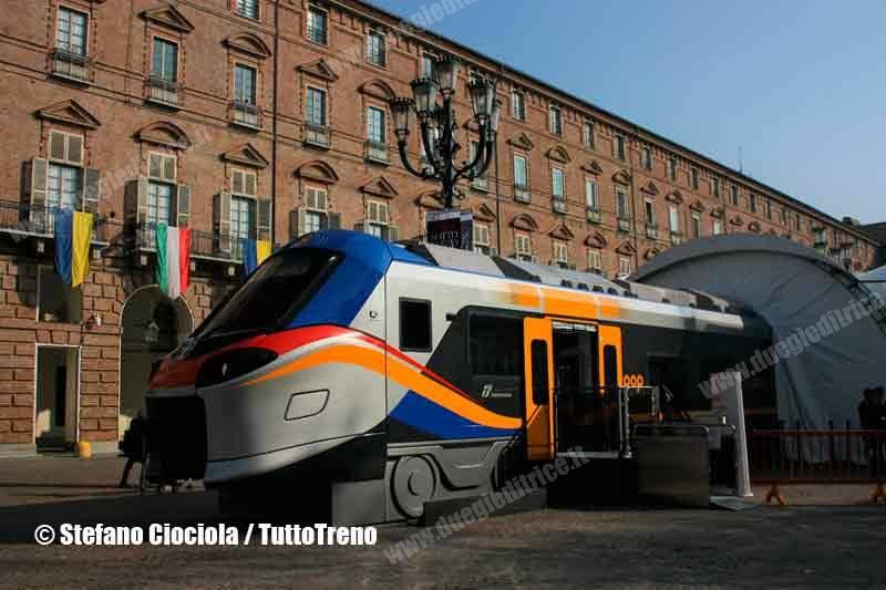 Trenitalia-MockUp_Pop_Rock-PiazzaCastello-Torino-2017-11-03-CiociolaStefano-(7)_tuttoTRENO_wwwduegieditriceit