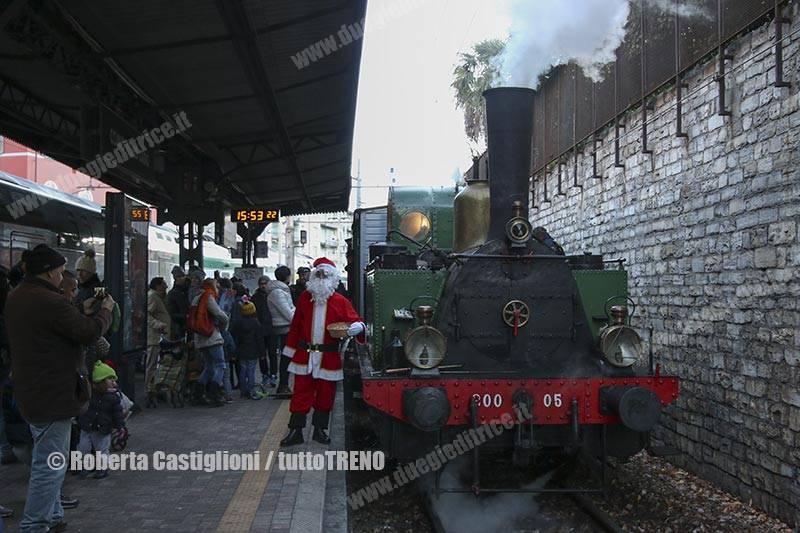 FNM-200_05-strennaComo-ComoLago-2017-12-09-CastiglioniRoberta-DSCN7617_tuttoTRENO_wwwduegieditriceit