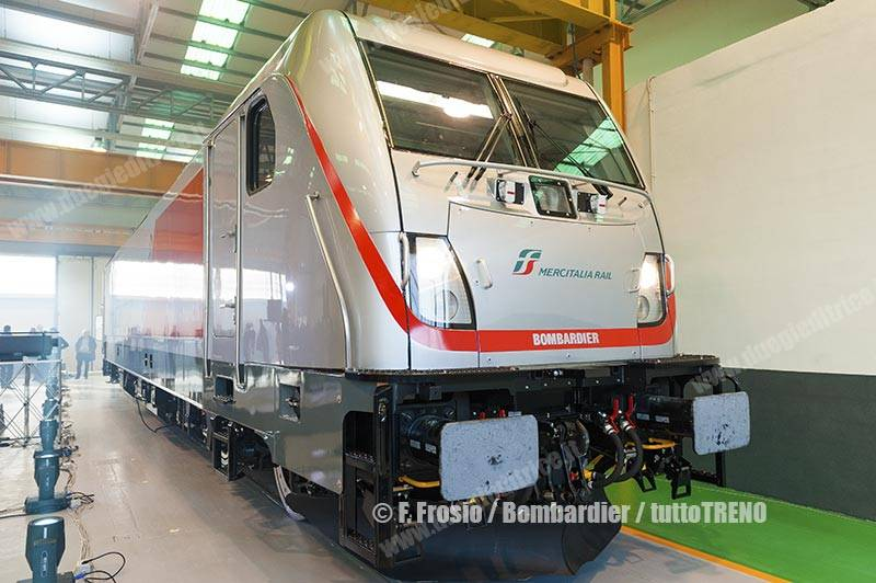 MIR-Bombardier-FirmaContratto-TRAXXDC3-VadoLigure-2017-12-14-fotoFrosio-Bombardier_tuttoTRENO_wwwduegieditriceit-d