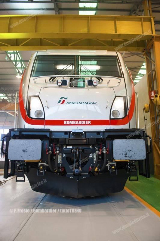 MIR-Bombardier-FirmaContratto-TRAXXDC3-VadoLigure-2017-12-14-fotoFrosio-Bombardier_tuttoTRENO_wwwduegieditriceit-e
