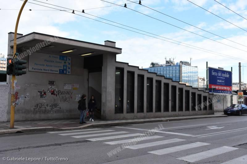 FS-stazione_Bari_Centrale-prospetto_posteriore-2018-01-21-Lepore_Gabriele-DSC_3671_tuttoTRENO_wwwduegieditriceit