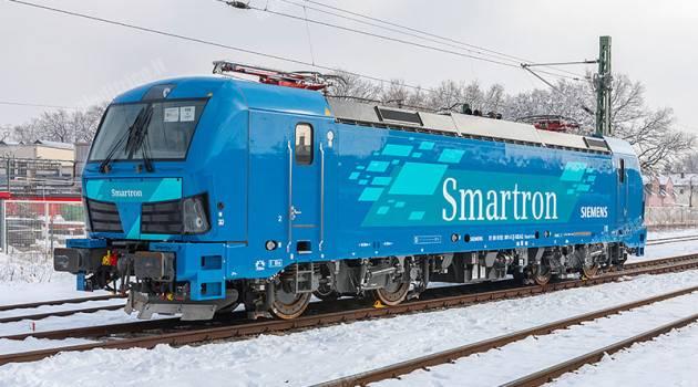 Smartron, nuova locomotiva per il trasporto merci da Siemens
