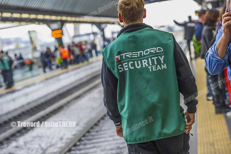 Trenord-security_guardiegiurate-tuttoTRENO_wwwduegieditriceit