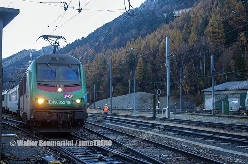 Captrain-E436_352MF-in-partenza-Modane-2014-11-19-BonmartiniW-02_tuttoTRENO_wwwduegieditriceit