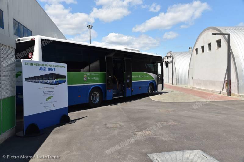 FAL-InaugurazioneAutobusCasseStadler-BariScalo-2018-05-16-MarraP-D75_6959-inWEB