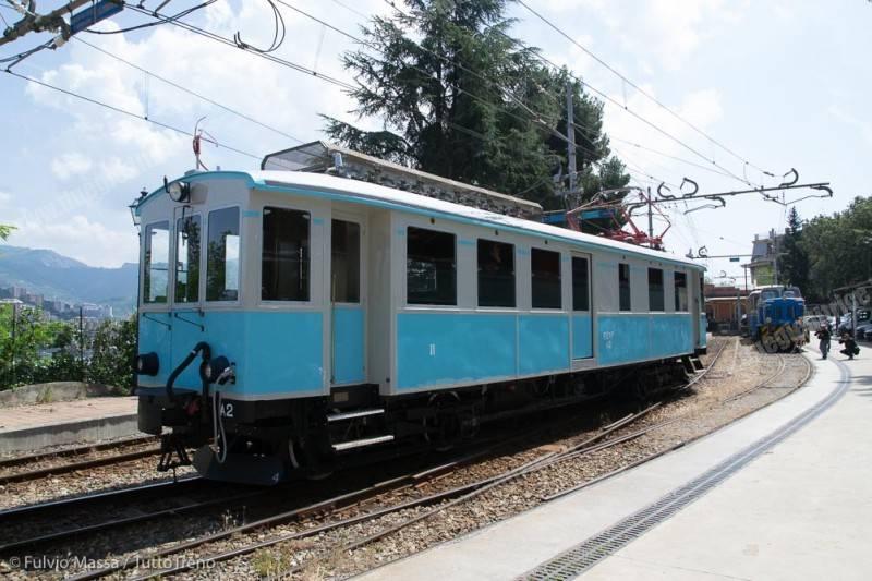 FGC-A2-presentazione-restauro-elettromotrice-GenovaPiazzaManin-2018-05-21-MassaFulvio-DSC_0086-inWEB