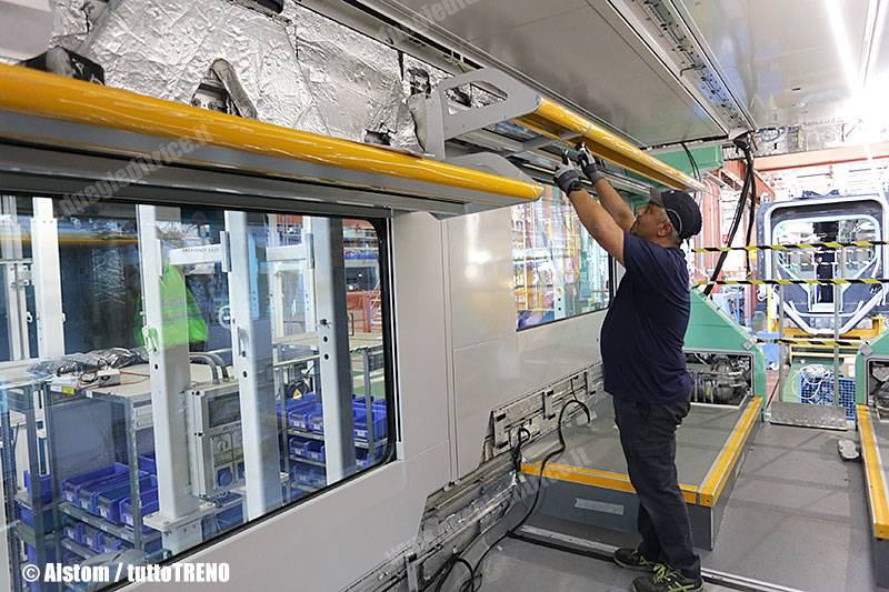 Alstom-POP-fitting-interno