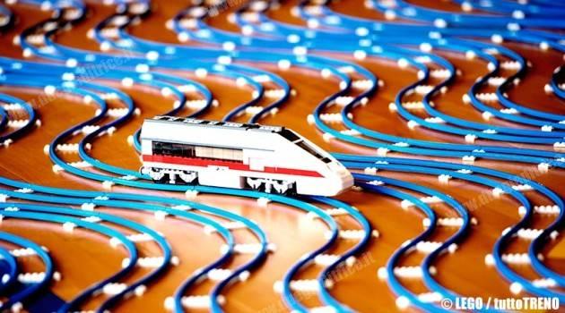 LEGO, a Roma Termini e Milano C.le arrivano i mattoncini colorati