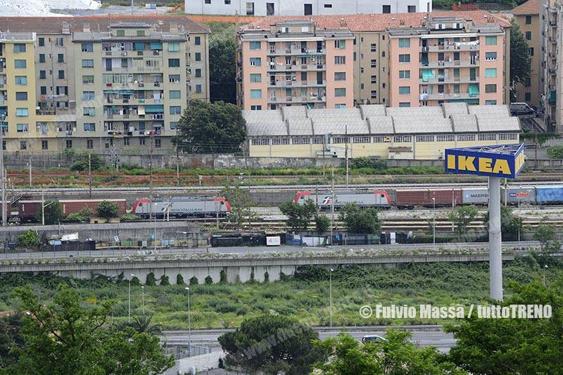MIR-E483-GenovaSampierdarenaSmistamento-2018-06-13-MassaFulvio-DSC_0113_tuttoTRENO_wwwduegieditriceit