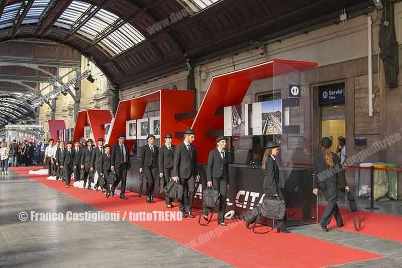 PresentazioneOrarioEstivo2019-10anniAV-MilanoCentrale-2019-06-03-CastiglioniFranco-DSCN39_tuttoTRENO_wwwduegieditriceit