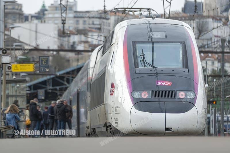 SNCF-TGVDupolex-AveliaEuroduplex--fotoAlstom_tuttoTRENO_wwwduegieditriceit