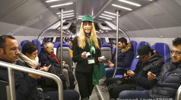 Oltre 4.000 persone in viaggio sul nuovo treno Caravaggio di Trenord