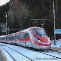 ADIF AV firma gli accordi quadro per l'alta velocità con le imprese ferroviarie tra cui Intermodalidad de Levante (Trenitalia)
