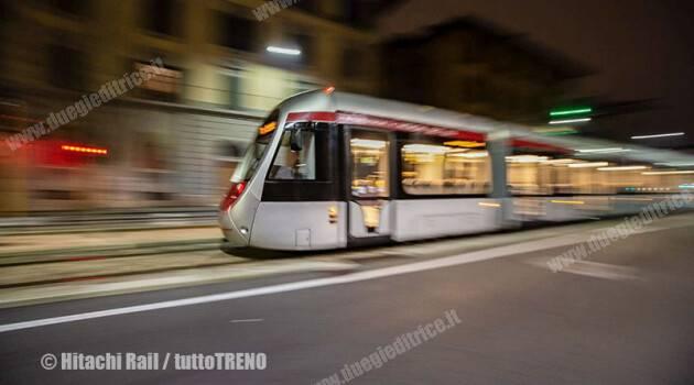 Firenze: primo viaggio prova del tram a batteria tra Stazione-Alamanni e Fortezza