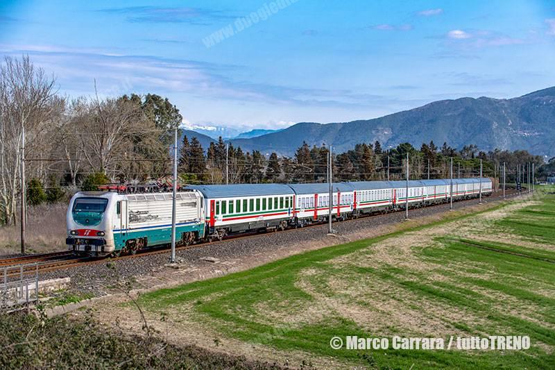 TI-E402_123-INV35151_MiCle_Roma-Treno_sanitario_TrenoCOVID19-presso-Pisa-2021-03-06-CarraraMarco_tuttoTRENO_wwwduegieditriceit
