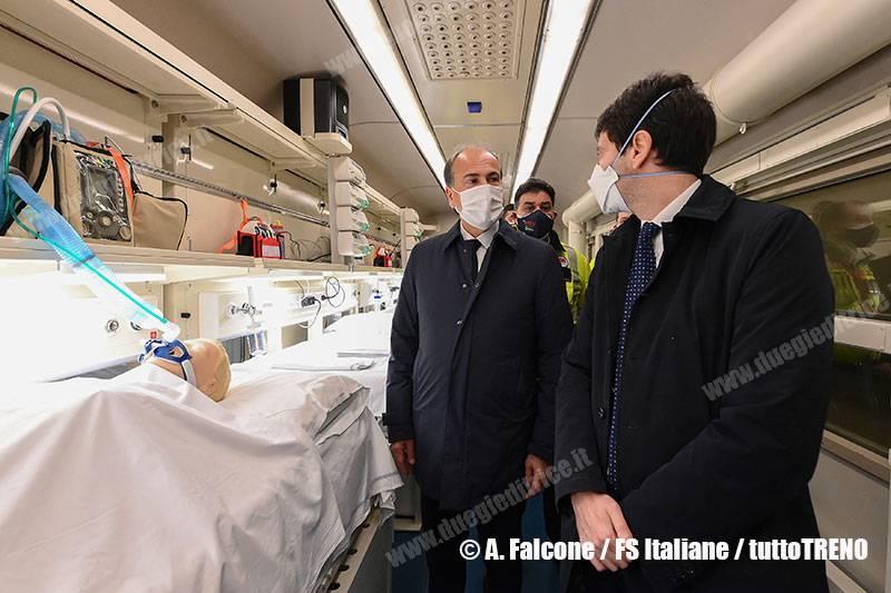 TI-TrenoCOVID19-TrenoSanitario-presentazione_a_Roma_Termini-Roma-2021-03-08-fotoFSIMG_1558_tuttoTRENO_wwwduegieditriceit
