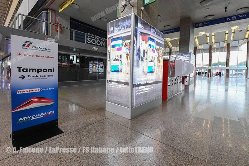TI-treno_Frecciarossa_COVID_free-RomaTermini-Roma-2021-04-16-fotoFalcone-LaPresse-FSItaliane_ALF_9922_tuttoTRENO_wwwduegieditriceit