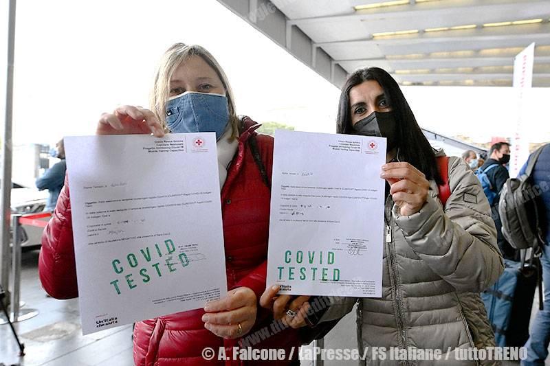 TI-treno_Frecciarossa_COVID_free-RomaTermini-Roma-2021-04-16-fotoFalcone-LaPresse-FSItaliane_ALF_9938_tuttoTRENO_wwwduegieditriceit