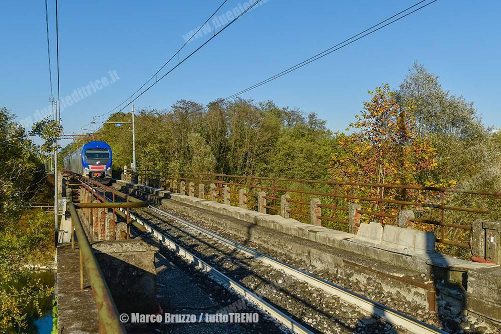 TI-ALe426_094-TAF-Ponte_sul_Brenta-presso-Vigodarzere-2020-11-06-BruzzoMarco-_MB16042_tuttoTRENO_blogtuttotreno.it_wwwduegieditriceit