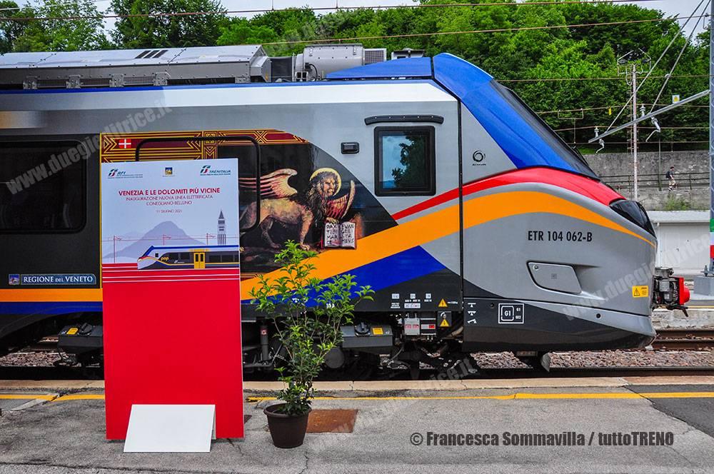 Trenitalia-ETR104_062-Pop-Treno_16856-Treno_Inaugurale_Trazione_Elettrica-Stazione_Belluno-Vnerdi-2021-06-11-FrancescaSommavilla-DSC_0561_tuttoTRENO_blogtuttotreno.it_wwwduegieditriceit