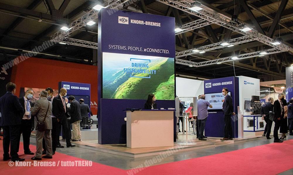 KnorrBremse-standExpoFerroviaria2021-MilamoRho-2021-09-28-KnorBremse_tuttoTRENO_blogtuttotreno.it_wwwduegieditriceit